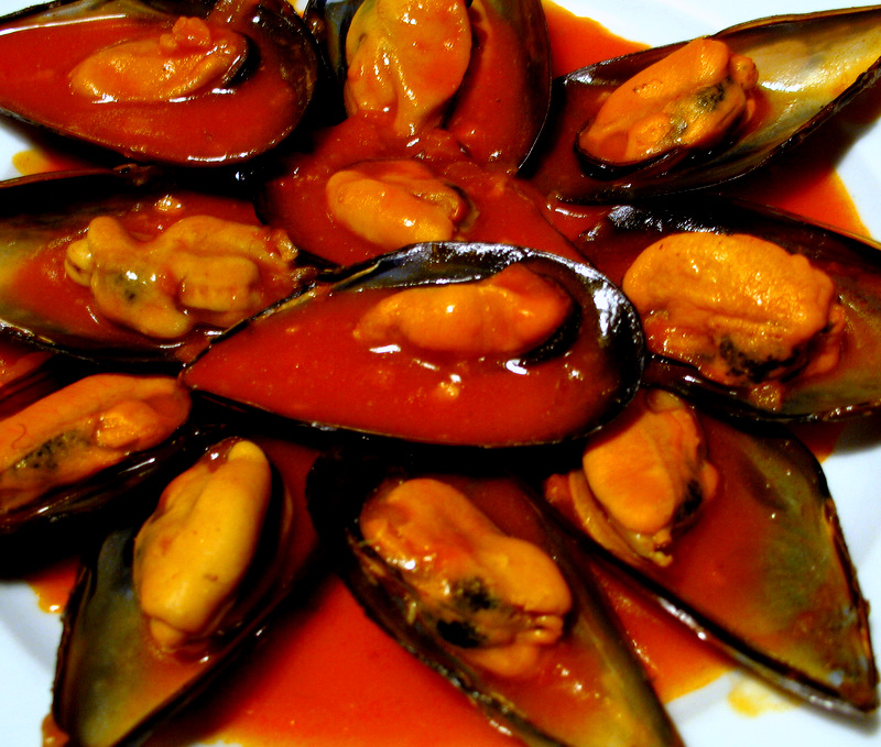 Mussles in Red Sauce